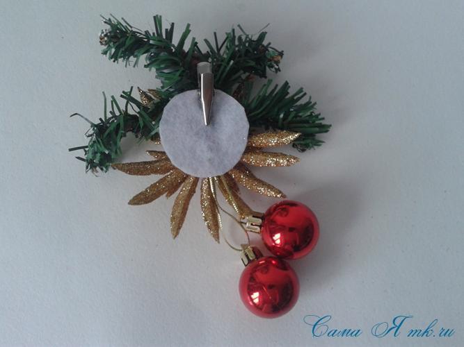 Стеганная прихватка новогодний сапожок из остатков лент своими руками 24