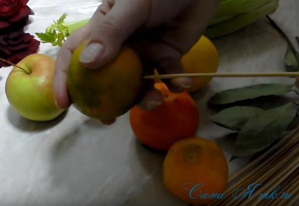 новогодний букет из овощей карвинг свеклы фруктово-овощной букет