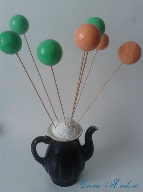 поделки шарики снеговик ёлка из мелких цветных шариков пенопласта своими руками 3 (Copy)