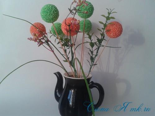 поделки шарики снеговик ёлка из мелких цветных шариков пенопласта своими руками 7 (Copy)