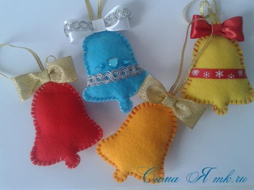 ёлочные игрушки украшения на ёлку подвески из фетра своими руками десткие новогодние поделки из фетра  4