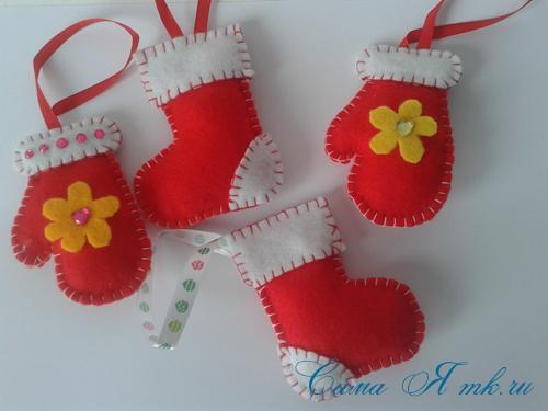 ёлочные игрушки украшения на ёлку подвески из фетра своими руками десткие новогодние поделки из фетра  6