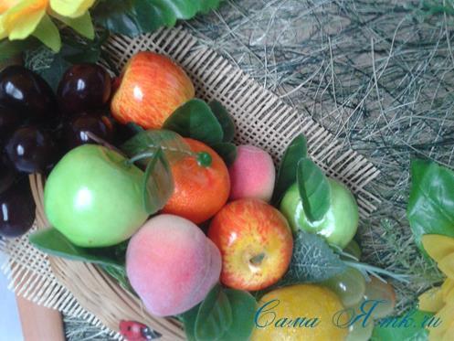 объеное анно коллаж из муляжных декоративных фруктов и ягод на стену своими руками 29