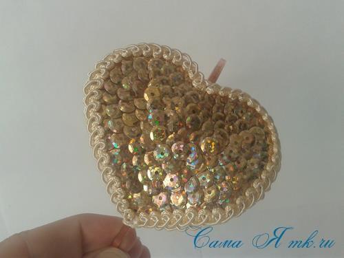 сердечки с пайетками в декоре своими руками шаблон сердца 18