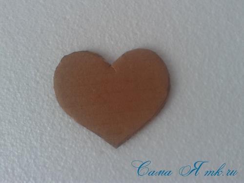 сердечки с пайетками в декоре своими руками шаблон сердца 2