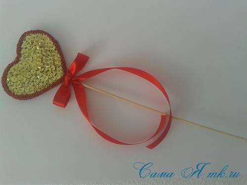 сердечки с пайетками в декоре своими руками шаблон сердца 21