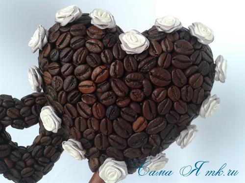 Топиарий из кофейных зёрен в форме сердца своими руками кофейное сердце из кофе 16