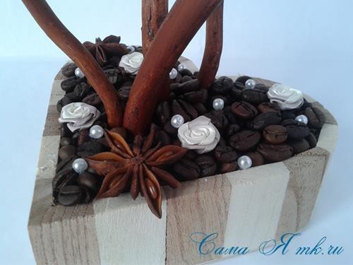 Топиарий из кофейных зёрен в форме сердца своими руками кофейное сердце из кофе 17
