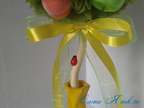 Фруктовый топиарий из тонкого флористического фетра методом торцевания своими руками 19