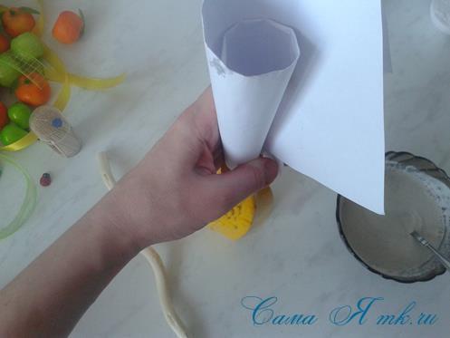 Фруктовый топиарий из тонкого флористического фетра методом торцевания своими руками 4