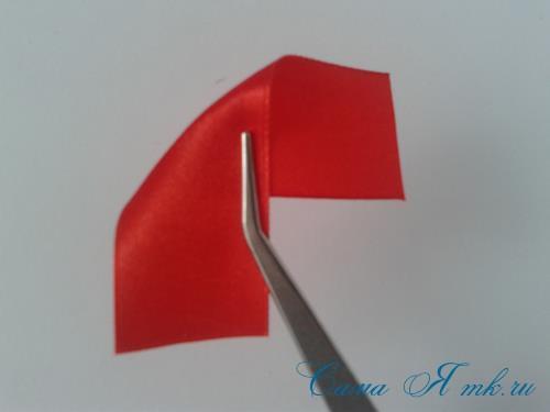Праздничная брошь канзаши к 9 мая Украшение георгиевской ленты ко Дню Победы своими руками 3
